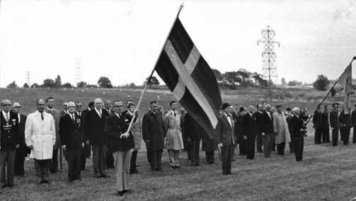 Kamratföreningen uppställd på paradfältet (Östra Fältet) på Husie vid Regementets Dag i september 1970.